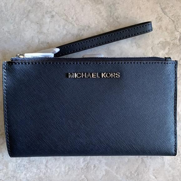 47bafa623160 Michael Kors Bags | Double Zip Wristlet Navy Leather | Poshmark